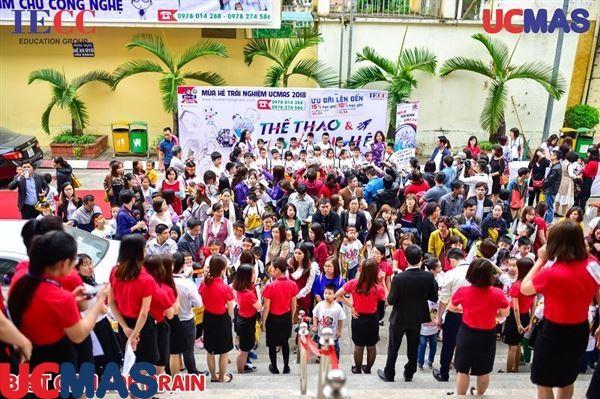 Kỳ thi cấp chứng chỉ Quốc tế chương trình Bàn tính và Số học trí tuệ UCMAS 2018 đã thành công rực rỡ